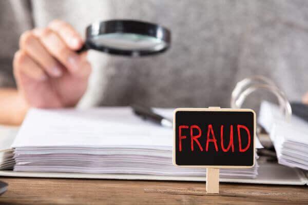 Documentos Falsos: Delito en los EEUU si usted es indocumentado