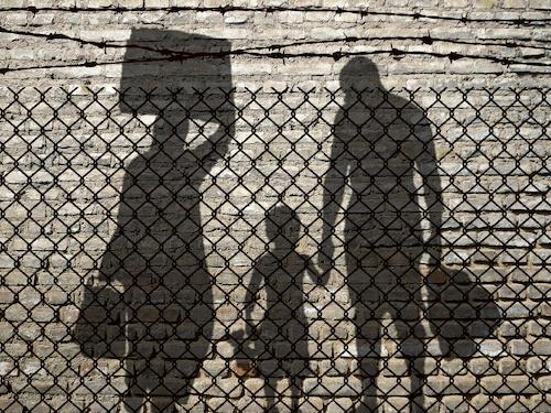 Que es la trata de personas y el tráfico ilegal de personas?