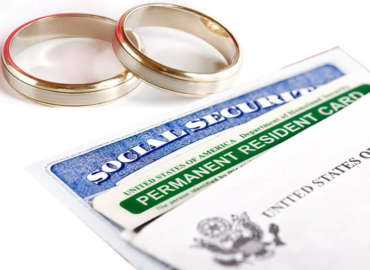 I GOT MARRIED TO A U.S.C! CAN I BECOME A CITIZEN?